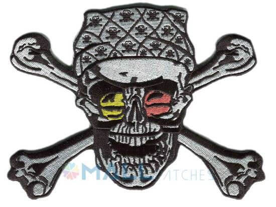 skull-embroidered-patches2